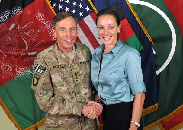 David Petraeus - Paula Broadwell - zu: Mangel im Anderen