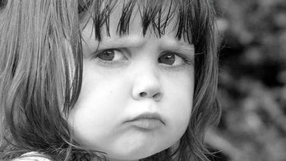 Kind, verärgert - zu: Liebesanspruch